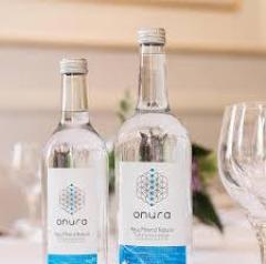 Agua Mineral Natural En Cristal Onura